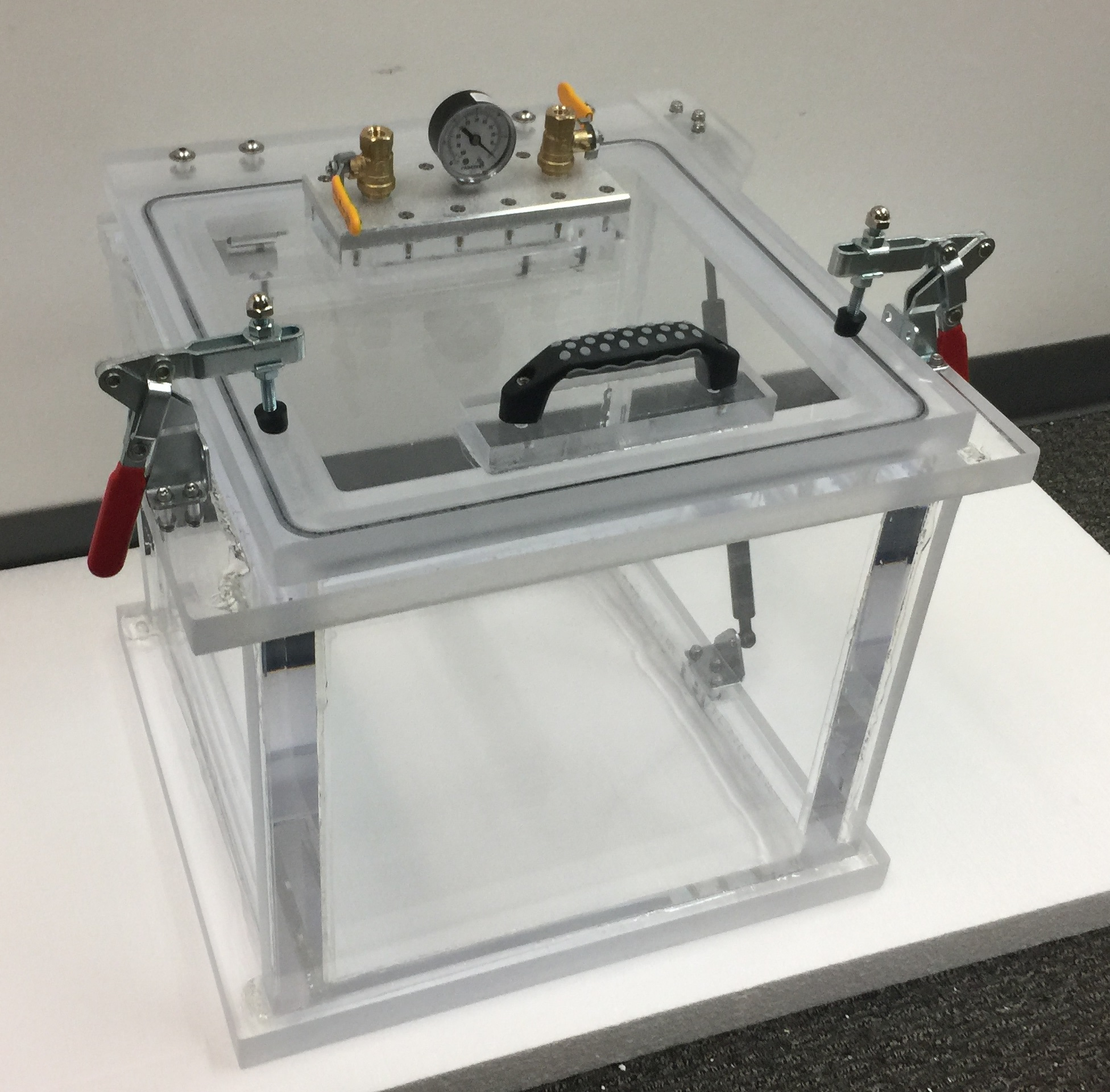 Front view of our Acrylic Vacuum Chamber