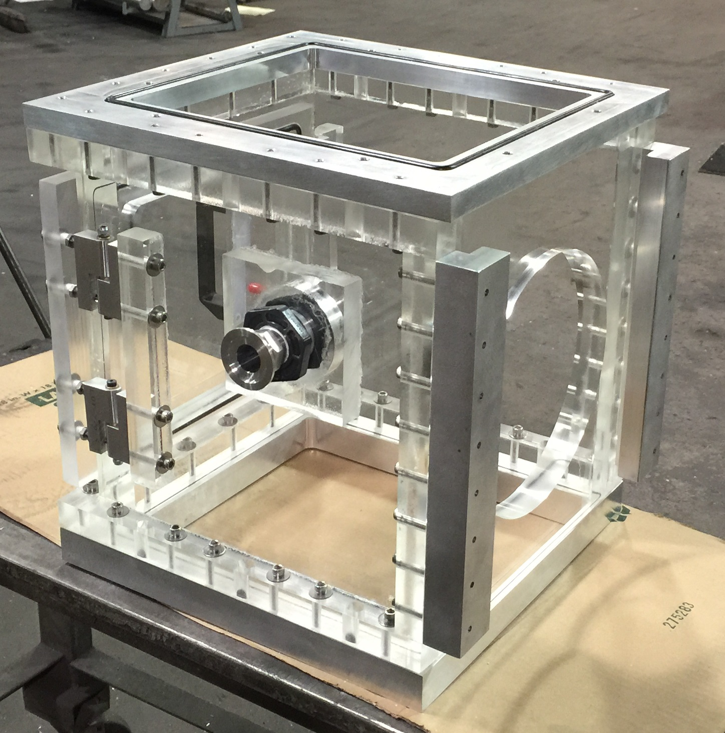 vacuum extrusion system chamber