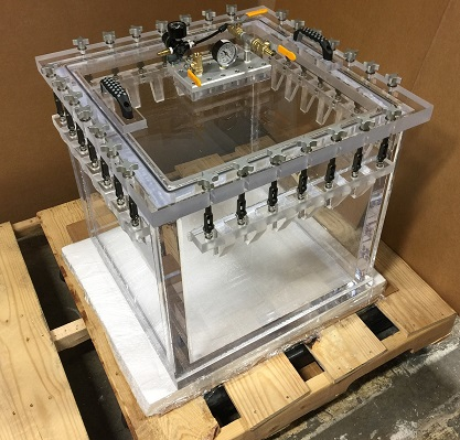 pressure and vacuum transparent chamber